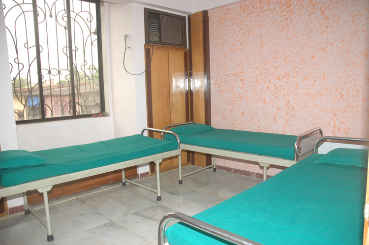 Ashwini Ayurvedic Hospital room
